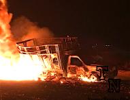 Otra más.Arde  ducto y camioneta con  combustible robado ahora en Álvaro Obregón ,Tepeaca.