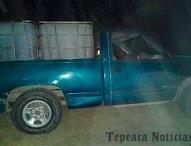 Ahora en San Felipe Tenextepec,Tepeaca aseguran camioneta y combustible robado