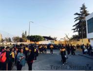 Cierran padres de familia secundaria Filiberto Quiroz de Tepeaca; acusan malos manejos