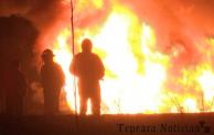 Arde ducto y vehículos   en San José Carpinteros, Tepeaca; dos camionetas calcinadas