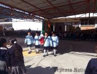 Recuerdan escuelas de Tepeaca natalicio del Benemérito Benito Juárez