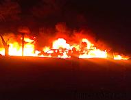En San Nicolas Tolentino, Tepeaca arden camionetas con  combustible ilícito