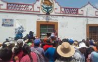La libran de ser linchados ;en Carpinteros, Tepeaca entregan a ladrones a autoridades por 100 Mil pesos