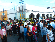 Con procesión ,recuerda parroquia de Tepeaca festividad de Jueves Corpus Christi