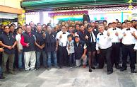 Festejan comerciantes  del mercado de Tepeaca  a papás  por Día del Padre