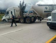 Volcaduras y accidentes en autopista causan caos vehicular a la altura de Tepeaca