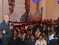 Se reúne ex rector de la UDLAP con simpatizantes de Morena en Tepeaca