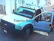 Imparable impunidad.Con violencia roban camioneta  en Tepeaca